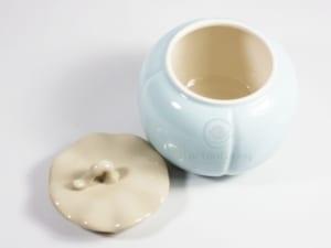 sử dụng các hủ đựng trà kín đáo sẽ giúp bạn bảo quản trà được rất lâu